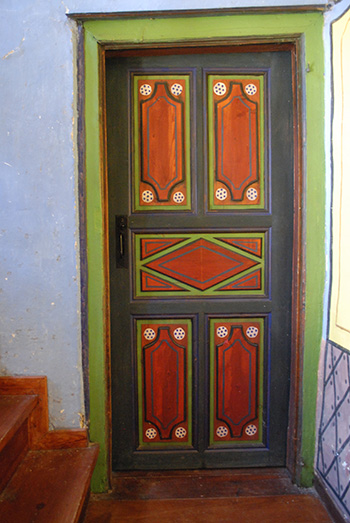 Dolgiras Mansion interior door
