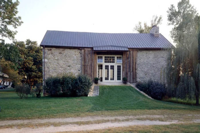 barn renovation exterior