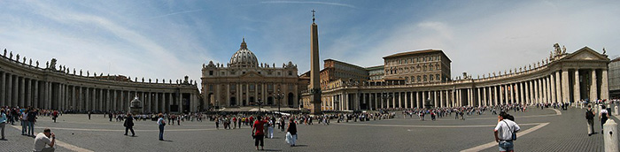 1200px Vatican StPeter Square