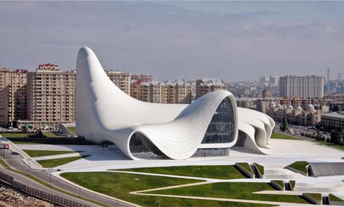 excursion in heydar aliyev center